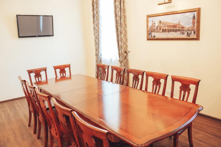 Конференц-зал до 20 чоловік Київ