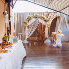 Тераса ресторану для весілля